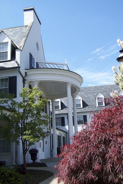 Stately Manor